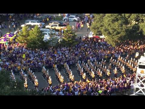 LSU Band comes down the hill