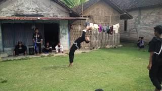 Dobel Salto ,iks.pi Mayangkawis