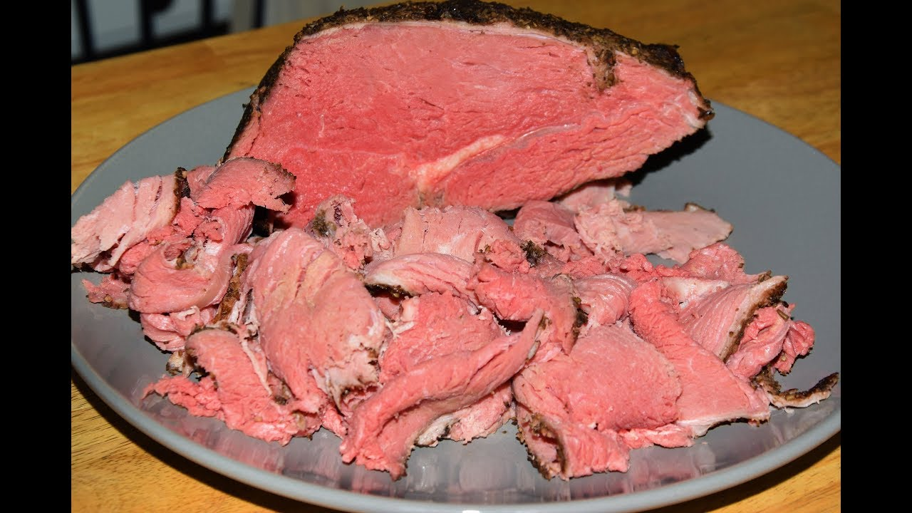 How to make a beef round sirloin tip roast