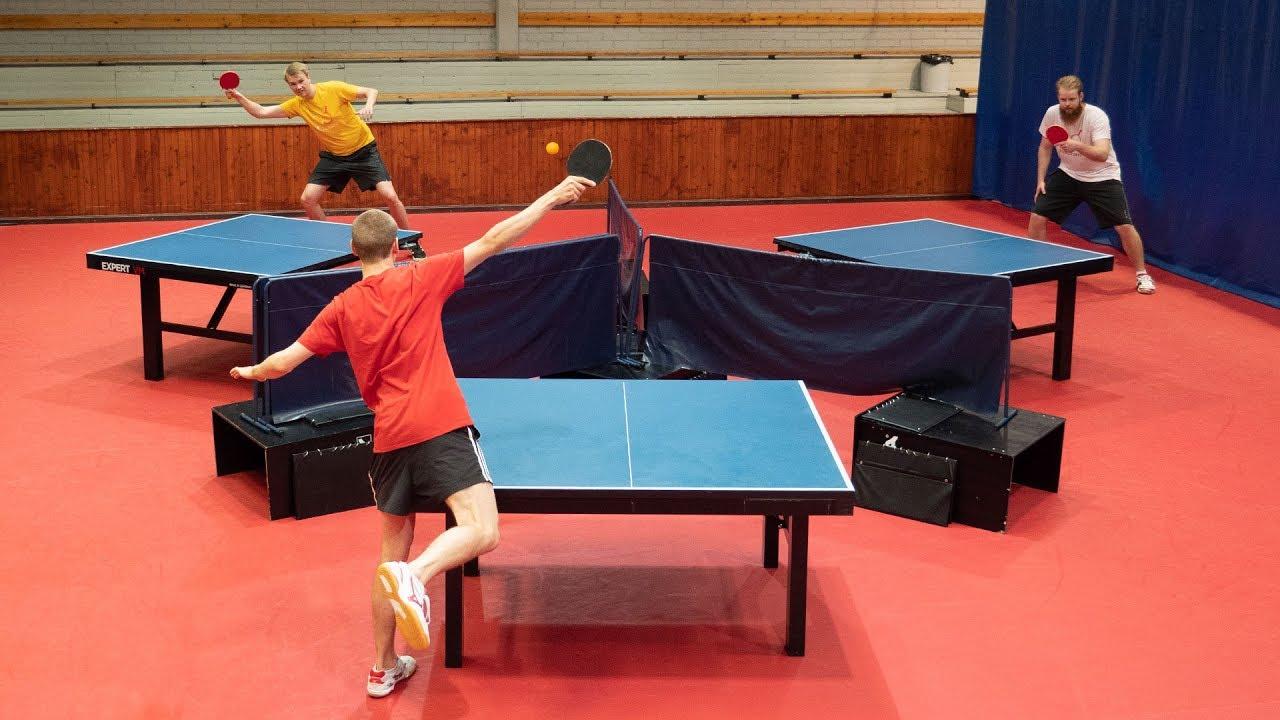 Ping-pong dla trzech