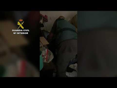 Un vecino roba a un anciano 240.000 euros mientras está ingresado en el hospital