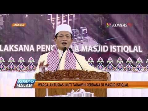 Warga Antusias Ikut Tarawih Perdana di Masjid Istiqlal