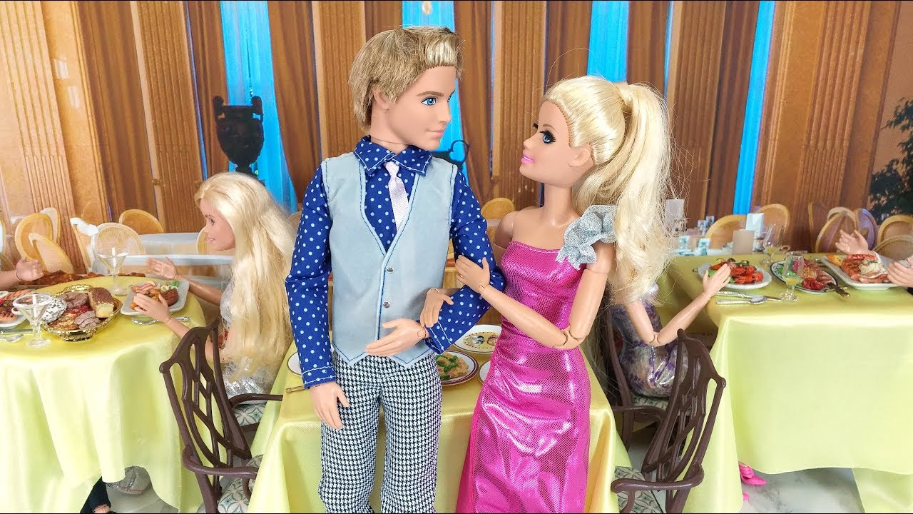 Barbie on a Date