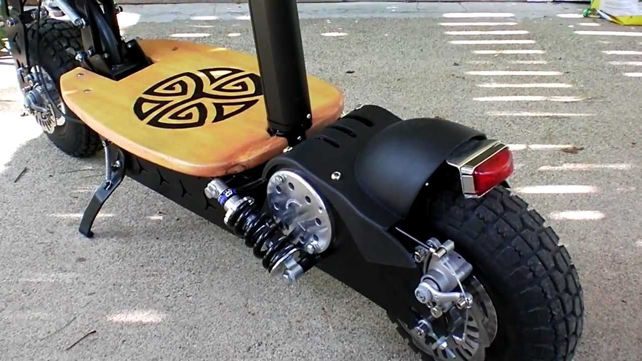 Super Turbo 800 Scooter Review