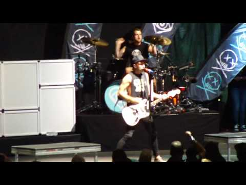 All Time Low   Lost In Stereo Saratoga Springs, NY 09-04-2016