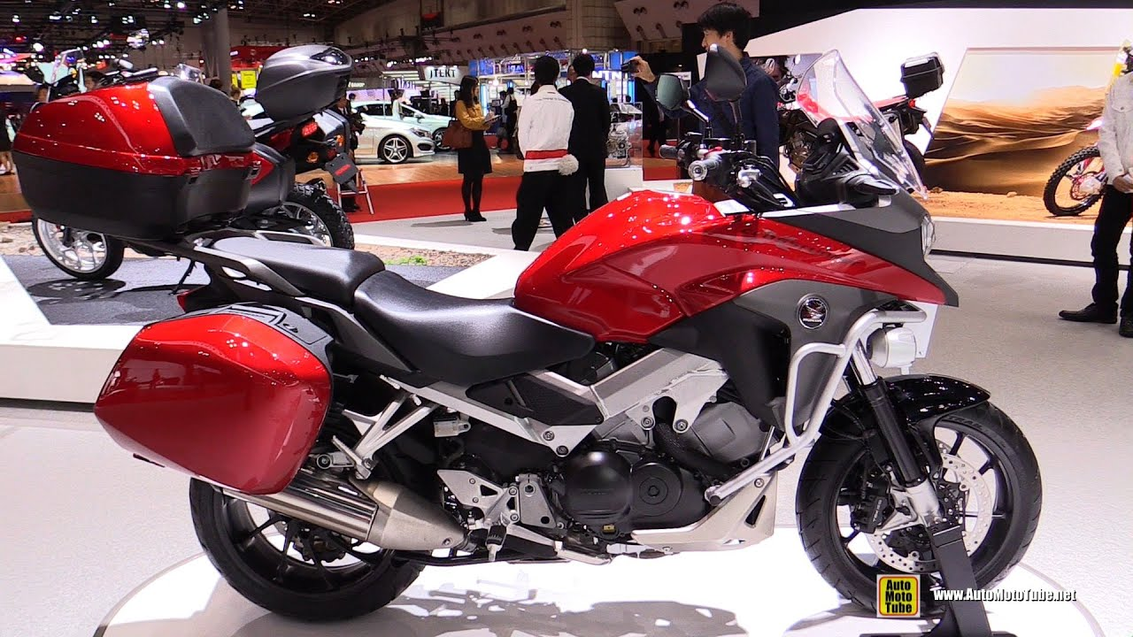 2016 honda crossrunner vfr800x walkaround 2015 tokyo motor show youtube. Black Bedroom Furniture Sets. Home Design Ideas