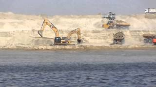 Suez Canal new: a moment of fusion of drilling dry water channel in the shunt Albulah