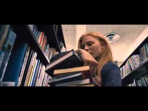 carrie,-la-vengeance---bande-annonce-vf---film-d'-horreur-page-facebook