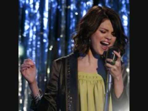 Slena Gomez- Magic Official Song