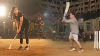 Salman Khan & GF Katrina Kaif plays cricket on film Bharat SET| Too Cute