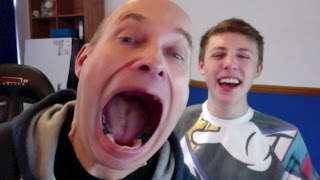 PHOTOBOOTH CHALLENGE With My Dad Thumbnail