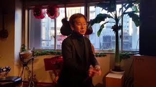 忘年会で歌いました。