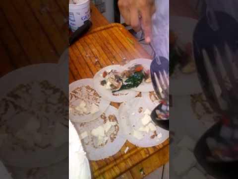 Quesadillas veg y chiles horneados