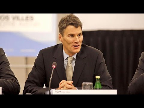 Mayor Robertson's selective science: Insite yes, pipelines no