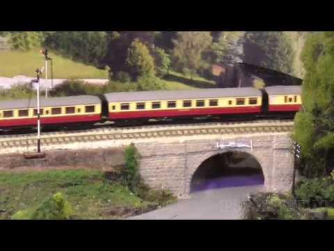 N Gauge Model Railway Layout Wickwar by Farnham & District Model Railway  Club