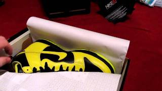 unboxing my new nike id high tops black & yellow