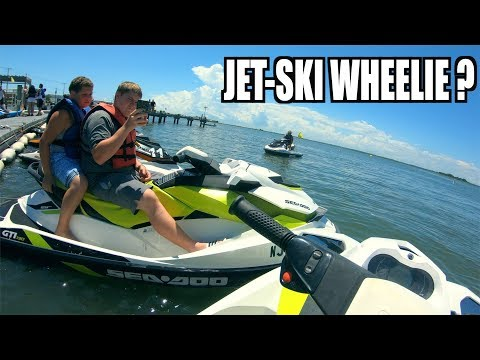 WHEELIE ON A JET-SKI !