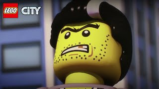 LEGO® CITY Thieves Everywhere...