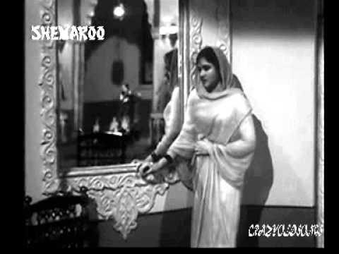 AURAT NE JANAM DIYA MARDON KO -  LATA -  SAHIR -  N DUTTA  (SADHANA 1958)