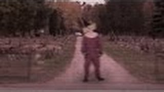 Scary Clown Filmed Stalking People Outside Of Graveyard In Wasco TX | NEW 2016