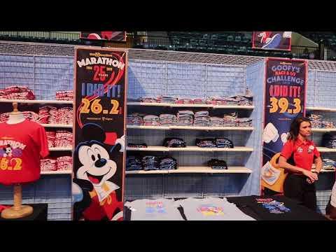 2018 Walt Disney World Marathon Weekend runDisney Expo Tour