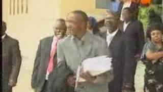 TV5 monde_Les victimes portent plainte contre Hissène Habré