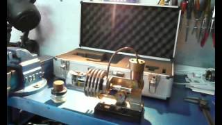 Prototipo de motor Stirling para producir electricidad. Homemade Stirling motor.