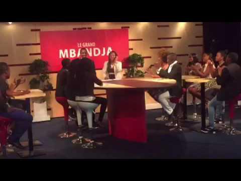 Josey invitée radio au Gabon