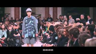 VIDEO MBPFW FW15 RUNWAY PETRA PTACKOVA