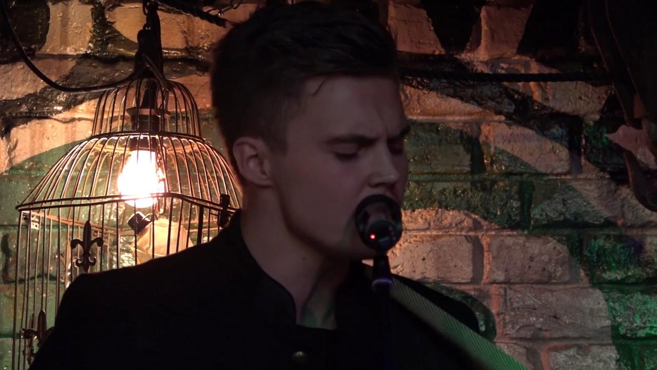 Sylvian joululaulu | Elias Kaskinen | Sub - YouTube