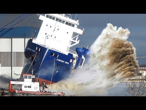15 SHIP LAUNCH WAVES