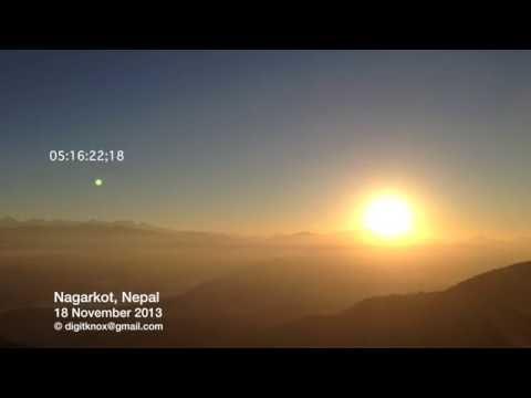 Nagarkot, Nepal: Most Spectacular Sunrise   TIMELAPSE [24x] [1080p] [HD]