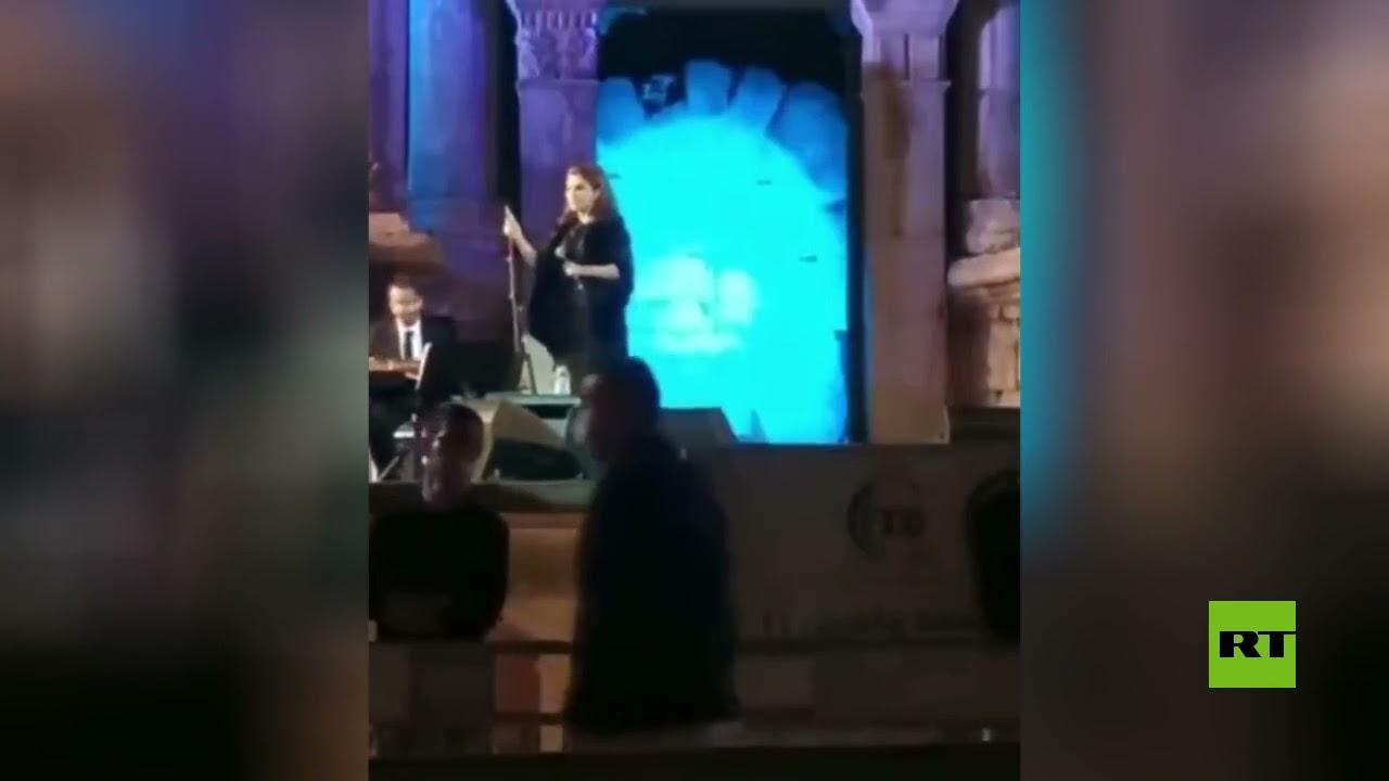 ماجدة الرومي تتعرض للإغماء خلال حفلها في مهرجان جرش  - 11:54-2021 / 9 / 23