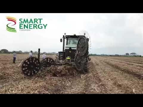 Smart Energy colombia . John deere 7210R . Claas 8500