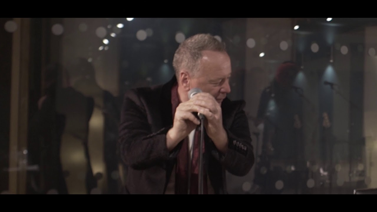 Simple Minds - Walk Between Worlds (commentary)
