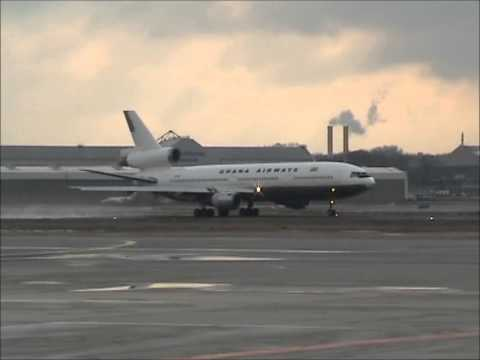 Ghana Airways Douglas DC-10 full take-off run at Hamburg Airport, great sounds and smoke! [AirClips]