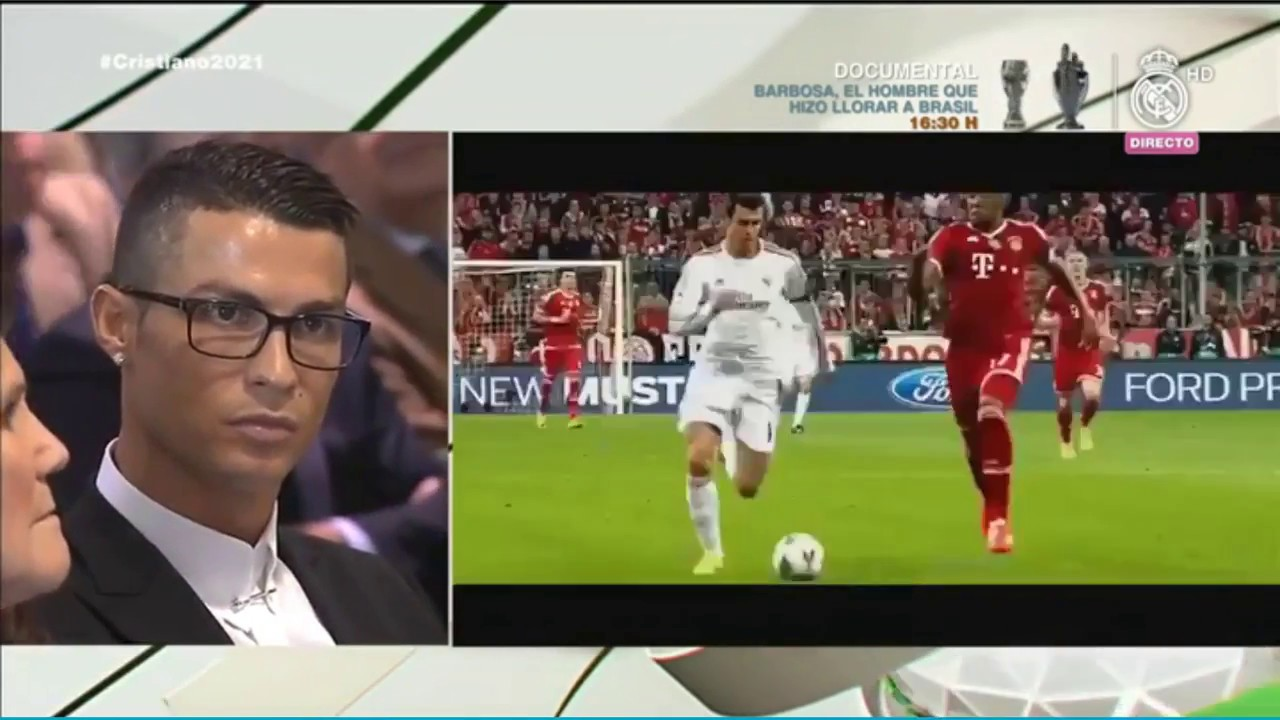 Download Cristiano Ronaldo reaction to his Best Moments of the Real Madrid  07/11/2016