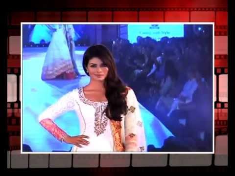 In white anarkali suit Priyanka chopra looks ravishing