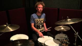 Beginner Drum Lesson - Dead Leaves and the Dirty Ground