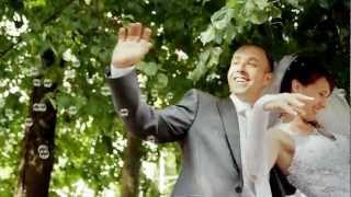 Очень динамичная и веселая свадьба в Твери. Отражение