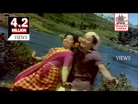 Kondai Oru Pakkam Song MGR Jayalalitha   En Annan