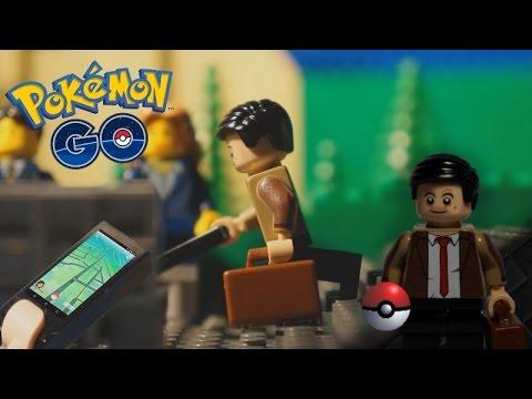 Mr Bean plays Pokemon Go [in LEGO]