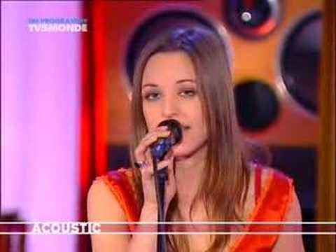 Un Ange Frappe A Ma Porte (Acoustic)