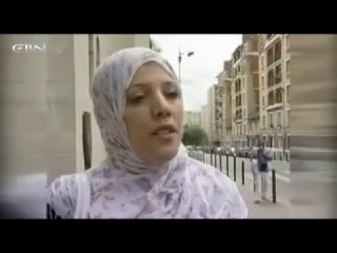 Thumbnail: Hidden camera shows shows streets blocked by huge crowds of Muslim - Islam in Paris -