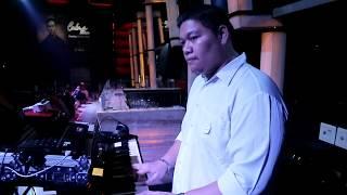 Cakra Khan - HARUS TERPISAH (Keys Cam Gerry Anake) Live Club 36