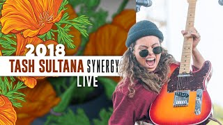 "Tash Sultana ""Synergy"" (Live) - California Roots 2018"