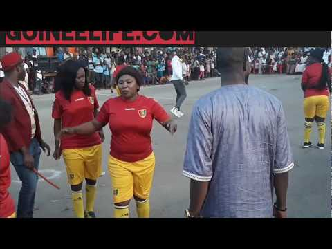 Match De Foot Entre Les Femmes Artistes. Kandet Kanté, Ibro Gnamet, Djely Kaba Bintou, Manamba...