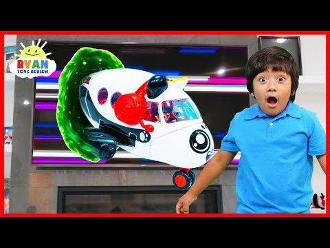 Ryan Pretend Play with Combo Panda Airplane Toys!!!