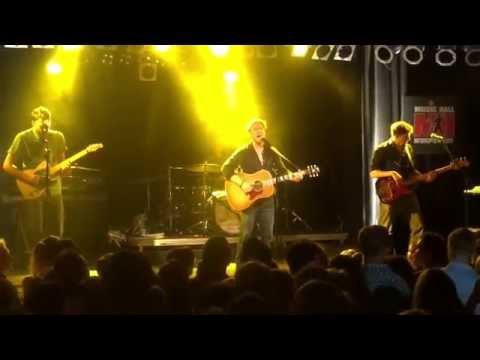 """Johannes Oerding """"Die Tage werden anders sein"""" & """"Und wenn die Welt"""" live in Worpswede"""