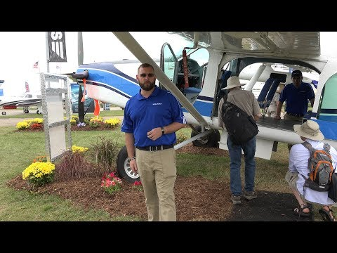 Airventure - Pilatus PC 6 Porter - Oshkosh AirShow - Highest Takeoff and Landing Record